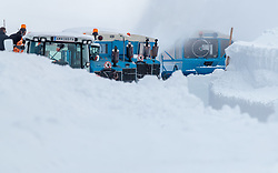 02.05.2017, Hochtor, Fusch an der Glocknerstrasse, AUT, Schneeraeumung auf der Grossglockner Hochalpenstrasse, im Bild Wallack Rotations Schneefräsen beim Schneeräumen // Wallack snow ploughs during the yearly snow removal of the Grossglockner High Alpine Road before the Season Opening at the Hochtor, Fusch, Austria on 2017/05/02. EXPA Pictures © 2017, PhotoCredit: EXPA/ JFK