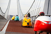 Ongeveer 150 ligfietsers rijden hun traditionele laatste toertocht, de oliebollentocht. De fietstocht wordt gereden in een velomobiel, een overdekte ligfiets die ook wel 'gele banaan' of raket wordt genoemd. Dit jaar rijden de fietsers een ronde in de buurt van Utrecht.<br /> <br /> Recumbent cyclists ride their traditional last tour of the year. They ride the tour with velomobiles, a faired recumbent. This year the tour is in the Utrecht area.