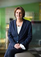 DEU, Deutschland, Germany, Berlin, 01.03.2021: Portrait von Britta Ernst (SPD), Bildungsministerin in Brandenburg und Präsidentin der Kultusministerkonferenz.
