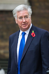 Downing Street, London, October 27th 2015.  Defence Secretary Michael Fallon arrives at 10 Downing Street to attend the weekly cabinet meeting. /// Licencing: Paul Davey tel: 07966016296 or 02089696875 paul@pauldaveycreative.co.uk www.pauldaveycreative.co.uk