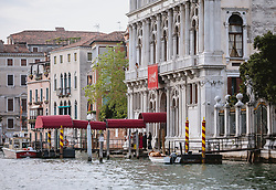 THEMENBILD - der Eingang des Casino am Canal Grande, aufgenommen am 05. Oktober 2019 in Venedig, Italien // the entrance to the Casino on the Grand Canal, in Venice, Italy on 2019/10/05. EXPA Pictures © 2019, PhotoCredit: EXPA/Stefanie Oberhauser