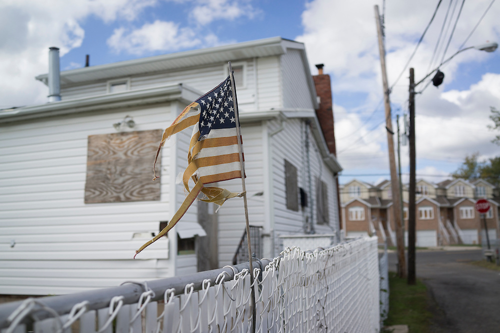 A home on Fox Lane near Mill Road in the Oakwood neighborhood of Staten Island, NY on Monday, Oct. 5, 2015, weeks ahead of the three year anniversary of Hurricane Sandy.<br /> <br /> Andrew Hinderaker for The Wall Street Journal<br /> NYSTANDALONE