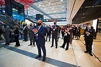 """DEU, Deutschland, Germany, Berlin, 30.10.2020: Feierliche Enthüllung der Willy-Brandt-Wand im Flughafen Berlin Brandenburg """"Willy Brandt"""", BER, Terminal 1."""
