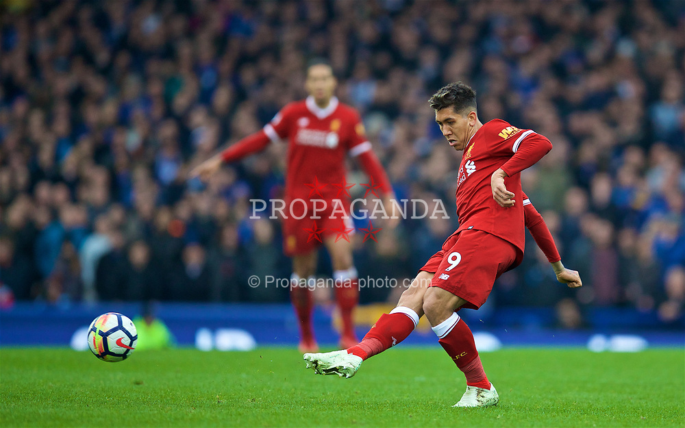 LIVERPOOL, ENGLAND - Saturday, April 7, 2018: Liverpool's Roberto Firmino during the FA Premier League match between Everton and Liverpool, the 231st Merseyside Derby, at Goodison Park. (Pic by David Rawcliffe/Propaganda)