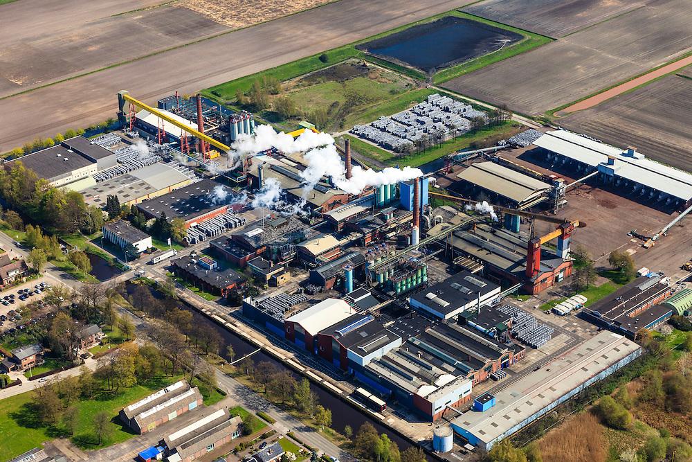 Nederland, Drenthe, Drenthe, 01-05-2013; Klazienaveen<br /> Terrein van de Noritfabriek,  produceert producten met actieve kool (koolstof). Norit , d.i. Norittabletten zijn vooral bekend als middel tegen diarree.<br /> Site of the Noritfabriek, produces products with activated charcoal (carbon). Norit tablets are primarily known as a remedy for diarrhea.<br /> luchtfoto (toeslag op standard tarieven)<br /> aerial photo (additional fee required)<br /> copyright foto/photo Siebe Swart