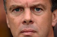 Photo. Daniel Hambury.Digitalsport<br /> Barclays Premiership.    <br /> Norwich City v Aston Villa.<br /> 18/09/2004.<br /> Aston Villa's manager David O'Leary
