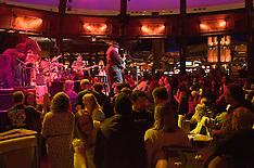7 Walkers in Concert | Mohegan Sun Wolfs Den | 9 December 2010