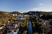 Petropolis_RJ, Brasil...Vista panoramica de Petropolis, Rio de Janeiro...Petropolis panoramic view, Rio de Janeiro...Foto: BRUNO MAGALHAES / NITRO