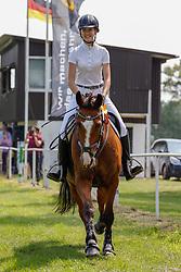 12, Stilspring-WB Kl.E,Kellinghusen - Reittunier 26. - 27.06.2021, Isabel Neumann (GER), Prinz Hajo,