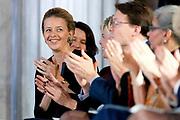 Uitreiking Prins Claus Prijs 2013 in het Koninklijk Paleis Amsterdam Het fonds richt zich op personen en organisaties die met hun culturele en creatieve initiatieven en prestaties een positieve invloed hebben op de ontwikkeling van de maatschappij.<br /> <br /> Presentation of the Prince Claus Award in 2013 at the Royal Palace in Amsterdam, the fund focuses on individuals and organizations with their cultural and creative initiatives and performance have a positive influence on the development of society.<br /> <br /> Op de foto / On the photoi:   Prinses Mabel tijdens de uitreiking Prins Claus Prijs 2013 / Princess Mabel at the ceremony Prince Claus Award 2013
