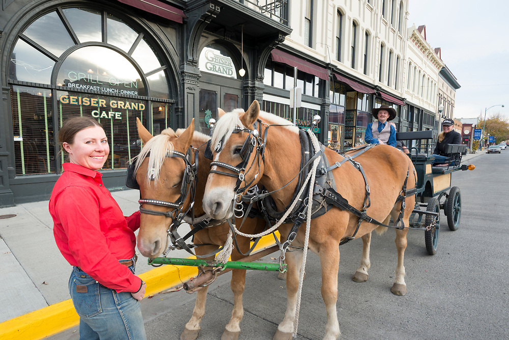 Horse and buggy tour in front of the historic Geiser Grand Hotel in downtown Baker City, Oregon.