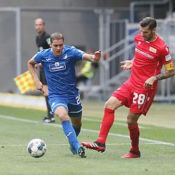 Robert Skov (TSG 1899 Hoffenheim) und Michael Parensen (1.FC Union Berlin)<br /> <br /> Sport: Fussball: Bundesliga: Saison 19/20: TSG 1899 Hoffenheim-1.FC Union Berlin, 20.06.2020.<br /> <br /> Foto: RALF POLLER/AVANTI/POOL/PIX-Sportfotos<br /> <br /> Nur für journalistische Zwecke! Only for editorial use! <br /> Gemäß den Vorgaben der DFL Deutsche Fußball Liga ist es untersagt, in dem Stadion und/oder vom Spiel angefertigte Fotoaufnahmen in Form von Sequenzbildern und/oder videoähnlichen Fotostrecken zu verwerten bzw. verwerten zu lassen. DFL regulations prohibit any use of photographs as image sequences and/or quasi-video.