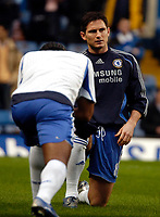Photo: Ed Godden/Sportsbeat Images.<br />Chelsea v Wigan Athletic. The Barclays Premiership. 13/01/2007. Chelsea's Frank Lampard warms up for the game.