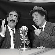 NLD/Hilversum/19900902 - Gebroeders Lutz als the Marx Brothers voor de AVRO