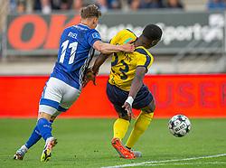André Riel (Lyngby Boldklub) og Brandon Onkony (Hobro IK) under kampen i 3F Superligaen mellem Lyngby Boldklub og Hobro IK den 20. juli 2020 på Lyngby Stadion (Foto: Claus Birch).