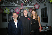 ALEXIS DORMANDY, STEVE SUNNUCKS AND ELLE MACPHERSON, Gap/ Red launch Dinner hosted by  Katie Grand at Bistrotheque. Bethnal Green. London. 29 November 2007.  -DO NOT ARCHIVE-© Copyright Photograph by Dafydd Jones. 248 Clapham Rd. London SW9 0PZ. Tel 0207 820 0771. www.dafjones.com.