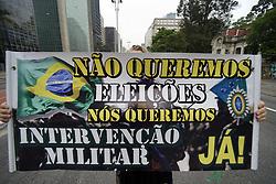 September 29, 2018 - SãO Paulo, São Paulo, Brazil - SAO PAULO SP, SP 29/09/2018 PROTEST FOR MILITARY INTERVENTION: Protesters protest on Avenida Paulista in São Paulo late Saturday, calling for military intervention. (Credit Image: © Cris Faga/ZUMA Wire)