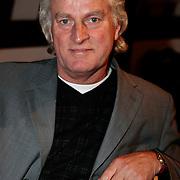 NLD/Amsterdam/20100201 - Perspresentatie Hunebed tot Hyves: de cabaretcanon van de Nederlandse geschiedenis,
