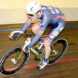 13-12-2015: Wielrennen: NK baanwielrennen: Sloten<br />AMSTERDAM (NED) baanwielrennen   <br />Op het velodrome van Sloten streden de baanwielrenners om de titel op de 50 kilometer. Rick Mensink (Zwolle) onderweg naar de titel