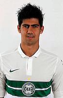 Leandro Almeida da Silva  ( Coritiba Foot Ball Club  )