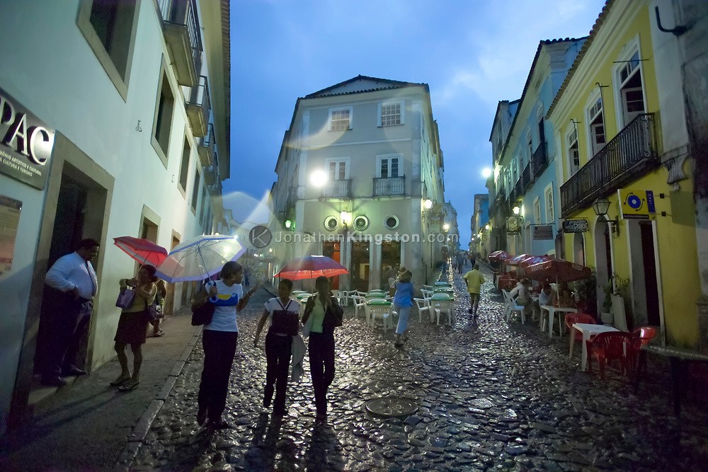 SALVADOR, BRAZIL - NOVEMBER 23:  Shoppers walk the streets of the upper city in Salvador, Brazil on November 23, 2004.  Salvador is famous for its gemstones, music, Bahian food and carnival.
