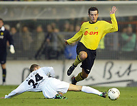 Fotball<br /> Tyskland 2003/2004<br /> Norway Only<br /> Foto: Digitalsport<br /> <br /> v.l. Peer KLUGE - Niclas JENSEN Dortmund<br /> DFB-Pokal Borussia Mönchengladbach - Borussia Dortmund 2:1