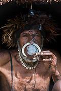 Dani tribe man (Oka)<br /> Budaya village<br /> Suroba<br /> Trikora Mountains<br /> West Papua<br /> Indonesia