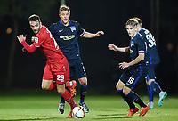 Fotball<br /> Tyskland<br /> 11.01.2016<br /> Foto: Witters/Digitalsport<br /> NORWAY ONLY<br /> <br /> v.l. Kenan Karaman, Per Ciljan Skjelbred, Sinan Kurt (Berlin)<br /> Fussball, Hannover 96, Trainingslager in Belek / Tuerkei 2016, Testspiel, Hannover 96 - Hertha BSC Berlin