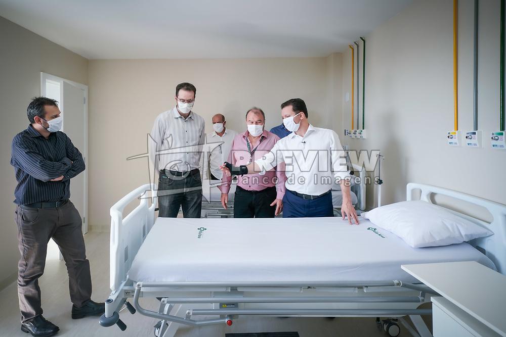 O prefeito Nelson Marchezan Júnior durante entregua dos 66 novos leitos clínicos na Associação Hospitalar Vila Nova (AHVN). O espaço com as novas acomodações, construído em tempo recorde, será destinado a pacientes infectados com coronavírus que necessitarem de internação de média complexidade. Foto: Jefferson Bernardes/PMPA