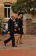 Sir David and Lady Carina Frost, Mark Birley funeral. St Paul's , Knightsbridge. London. 19 September 2007. -DO NOT ARCHIVE-© Copyright Photograph by Dafydd Jones. 248 Clapham Rd. London SW9 0PZ. Tel 0207 820 0771. www.dafjones.com.