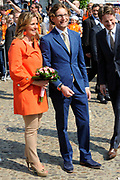 Koninginnedag 2011 in het  Limburgse plaatsjeThorn (witte dorp) // Queen's Day 2011 in the southern of Holland ( Limburg). The Royal family is visiting the small white village Thorn.<br /> <br /> Op de foto / On the photo:  Prins Bernhard en Prinses Annette