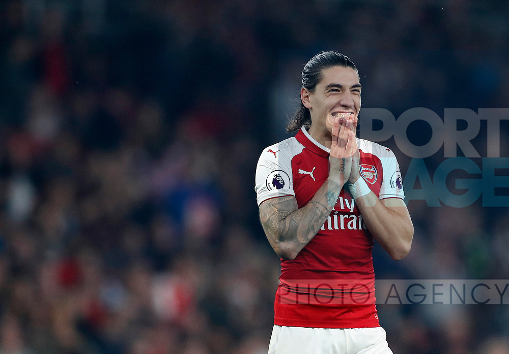 Arsenal's Hector Bellerin in action during the premier league match at the Emirates Stadium, London. Picture date 25th September 2017. Picture credit should read: David Klein/Sportimage