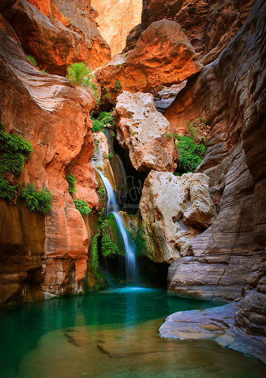 Elves Chasm waterfall in the interior of the Grand Canyon.