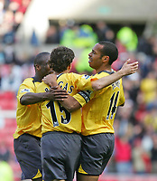 Photo: Andrew Unwin.<br /> Sunderland v Arsenal. The Barclays Premiership. 01/05/2006.<br /> Arsenal's Thierry Henry (R) celebrates scoring his team's third goal.