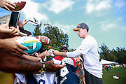 January 28 2016: Dallas Cowboys kicker Dan Bailey signs autographs after the Pro Bowl practice at Turtle Bay Resort on North Shore Oahu, HI. (Photo by Aric Becker/Icon Sportswire)