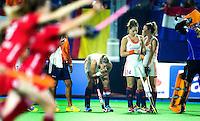 BOOM - Teleurstelling bij Maarje Paumen, Eva de Goede en Ellen Hoog  tijdens de halve finale van het EK hockey tussen de vrouwen van Nederland en Engeland (1-1) Engeland wint na shoot out. ANP KOEN SUYK