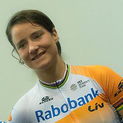 13-01-2016: Wielrennen: Presentatie Rabo wielerploegen: Papendal<br />PAPENDAL (NED) wielrennen<br />Het Rabobank-Liv vrouwenteam en het Developmentteam werden op Papendal voorgesteld. Marianne Vos wil weer terug de koers in
