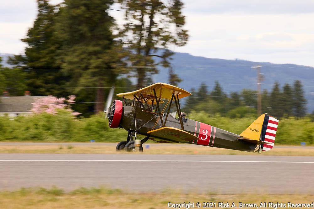 Stearman Cloudboy prepping for takeoff.