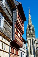 France, Bretagne, Finistère (29), Quimper, maison medievale dans la rue Kereon // France, Briitany, Finistere, Quimper, medieval houses on Kereon street