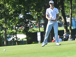 August 9, 2018 - St. Louis, Missouri, U.S. - ST. LOUIS, MO - AUGUST 09: Justin Thomas watches his putt on the #10 green during the first round of the PGA Championship on August 09, 2018, at Bellerive Country Club, St. Louis, MO.  (Photo by Keith Gillett/Icon Sportswire) (Credit Image: © Keith Gillett/Icon SMI via ZUMA Press)