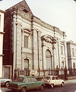 Old amateur photos of Dublin streets churches, cars, lanes, roads, shops schools, hospitals, Streetscape views are hard to come by while the quality is not always the best in this collection they do capture Dublin streets not often available and have seen a lot of change since photos were taken Jervis St, Main Gate, North Quays Sunlight Building Parliament St, Essex St East, West, Exchange Newcomomen Bank Lard Edward St, Fishamble St, Marlborough St Bruducks, Marlborough Church, Chip Shop, May 1984
