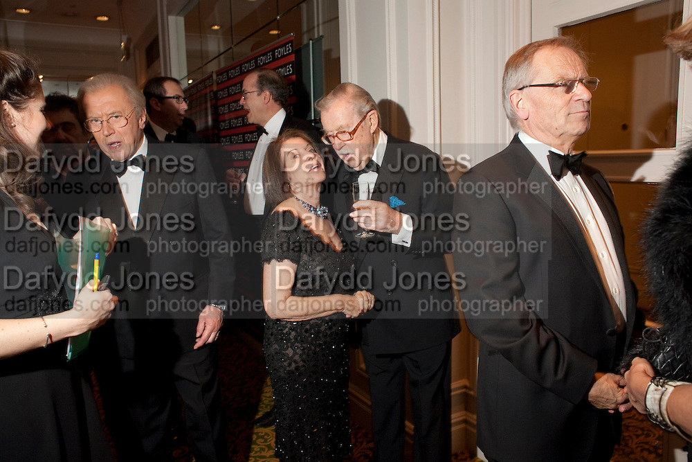 SIR DAVID FROST; LADY WHICKER; SIR ALAN WHICKER; LORD JEFFREY ARCHER, 80th anniversary gala dinner for the FoylesÕ Literary Lunch. Ballroom. Grosvenor House Hotel. Park Lane. London. 21 October 2010. -DO NOT ARCHIVE-© Copyright Photograph by Dafydd Jones. 248 Clapham Rd. London SW9 0PZ. Tel 0207 820 0771. www.dafjones.com.<br /> SIR DAVID FROST; LADY WHICKER; SIR ALAN WHICKER; LORD JEFFREY ARCHER, 80th anniversary gala dinner for the Foyles' Literary Lunch. Ballroom. Grosvenor House Hotel. Park Lane. London. 21 October 2010. -DO NOT ARCHIVE-© Copyright Photograph by Dafydd Jones. 248 Clapham Rd. London SW9 0PZ. Tel 0207 820 0771. www.dafjones.com.