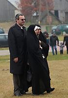06.11.2011 Bohoniki (woj podlaskie) Polscy Tatarzy rozpoczeli swieto Kurban Bajram ( Swieto Ofiarowania ) jedno z najwazniejszych swiat muzulmanskich . W Bohonikach w ofierze zlozono byka n/z gosciem swieta byl Ambasador Islamskiej Republiki Iranu Samad Ali Lakizadeh fot.Michal Kosc/AGENCJA WSCHOD UWAGA!!!ZDJECIA NIE MOGA BYC WYKORZYSTANE W INNYM KONTEKSCIE NIZ DOTYCZACYM POLSKICH TATAROW ANI OBRAZAJACYM UCZUCIA RELIGIJNE MNIEJSZOSCI TATARSKIEJ!!!
