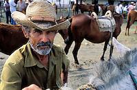 Cuba, Province de Holguin, Marché aux chevaux dans la région de Holguin // Cuba, horse market around Holguin