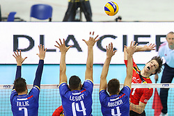 07.09.2014, Krakow Arena, Krakau, POL, FIVB WM, Frankreich vs Belgien, Gruppe D, im Bild Matthijs Verhanneman (BEL), Kevin Tillie (FRA), Nicolas Le Goff (FRA), Antonin Rouzier (FRA) // during the FIVB Volleyball Men's World Championships Pool D Match beween France and Belgium at the Krakow Arena in Krakau, Poland on 2014/09/07. <br /> <br /> ***NETHERLANDS ONLY***