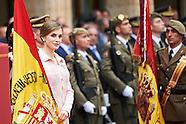 061316 Queen Letizia Delivers Spanish Flag to pecialties Regiment of Engineers number 11