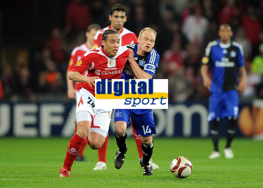 Europa League <br /> Standard Liege - Hamburger SV<br /> v.l. Axel Witsel, David Jarolim HSV<br /> <br /> Norway only