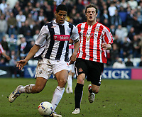 Photo: Mark Stephenson.<br />West Bromwich Albion v Sunderland. Coca Cola Championship. 03/03/2007.West Brom's Curtis Davies on the ball