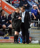 Photo: Chris Ratcliffe.<br />Leicester City v Ipswich Town. Coca Cola Championship. 12/08/2006.<br />Jim Magilton the Ipswich manager has his name taken by the touchline referee.