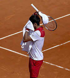 April 19, 2018 - Monaco - Tennis - ATP- Monaco - Monte Carlo, Monte  Carlo country club, Rolex Monte - Carlo Masters 2018, 19 avril 2018..Le serbe Novak Djokovic (SRB) Chaleur (Credit Image: © Panoramic via ZUMA Press)